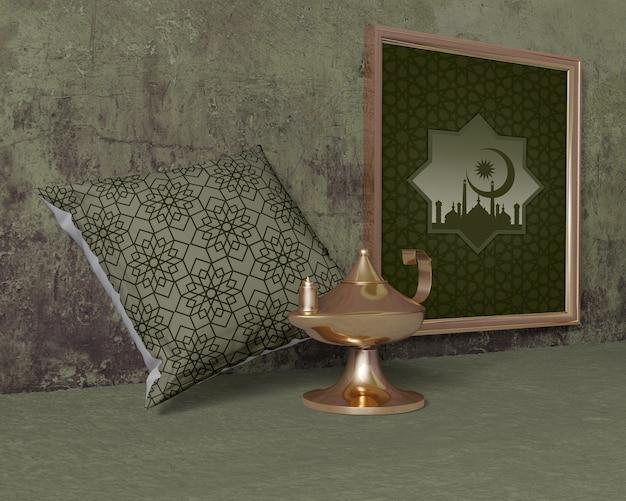 Traditionele ramadan samenstelling met frame Gratis Psd