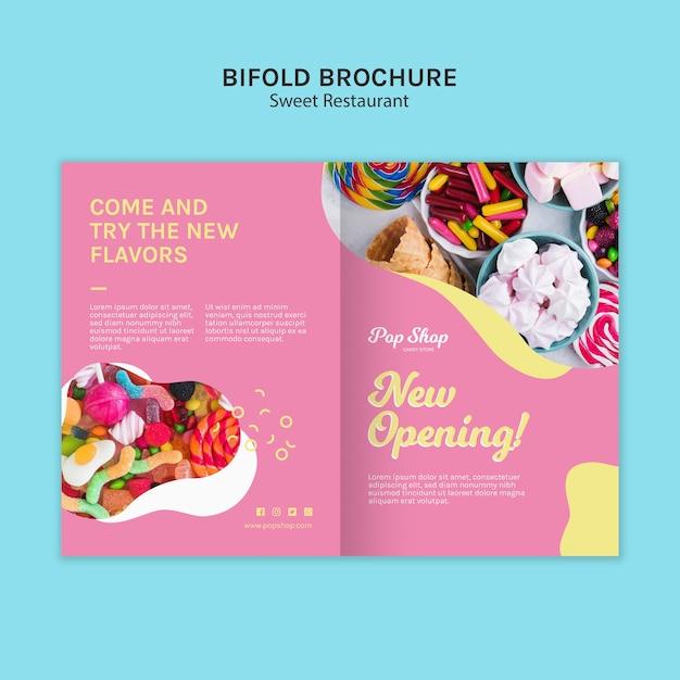 Tweevoudige brochure voor pop candy shop design Gratis Psd