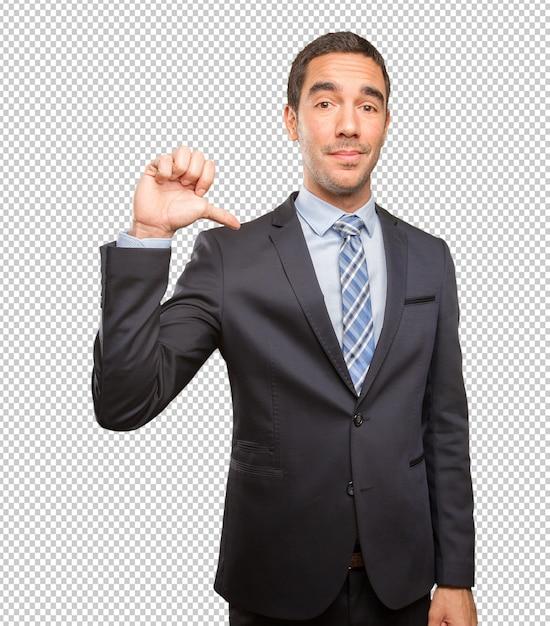 Uomo d'affari soddisfatto che fa un gesto di vittoria Psd Premium