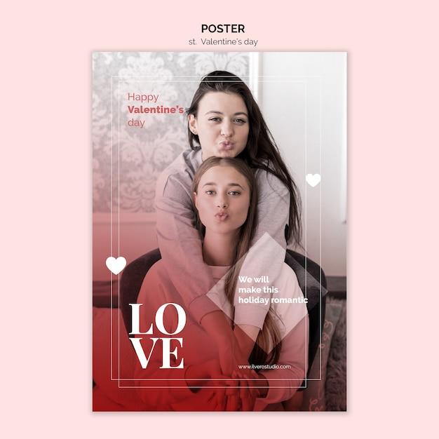 Valentijnsdag poster met vrouwelijke paar Gratis Psd