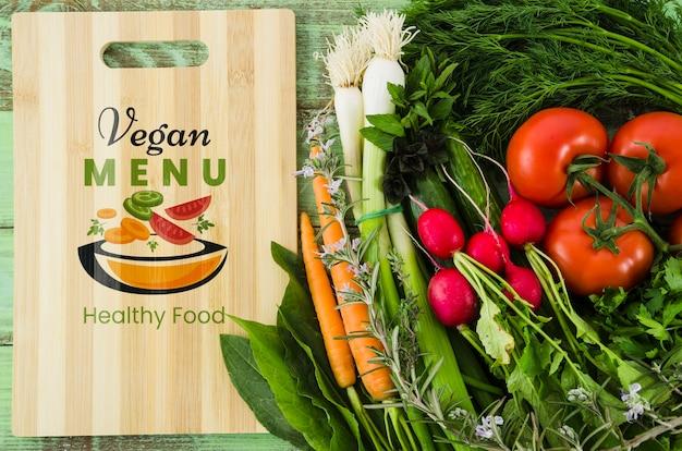 Veganistisch menu met voedingsgroenten Gratis Psd