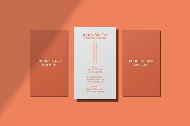 Verticaal visitekaartje mockup geïsoleerd met schaduw overlay Premium Psd
