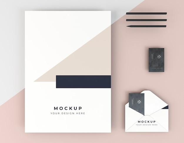 Visitekaartje mock-up en envelop Premium Psd