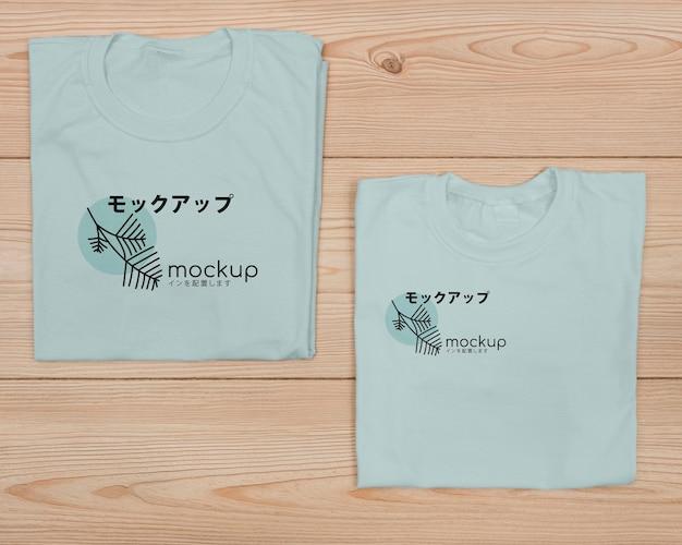 Vista superior de la linda maqueta del concepto de camiseta PSD gratuito