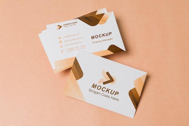 Vista superior de maqueta de tarjetas de visita PSD gratuito