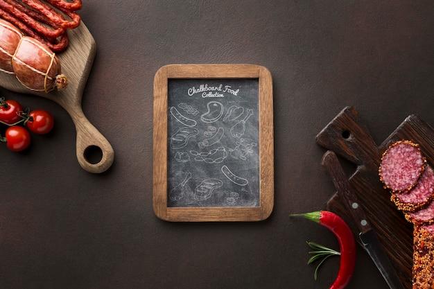 Vleesproducten met schoolbordmodel Gratis Psd