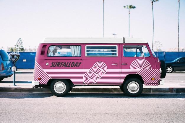 Volkswagen truck mockup Psd Premium