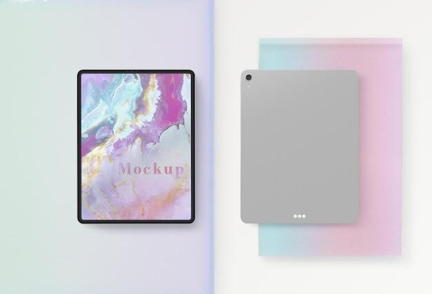 Voor- en achterkant van het tablet-apparaat Gratis Psd