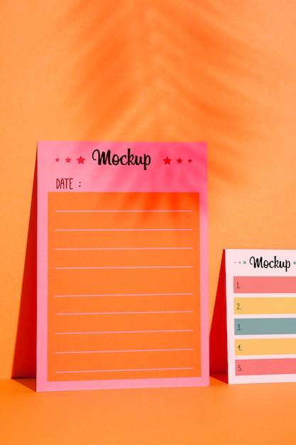 Vooraanzicht om lijst en herinneringsnotities te doen Gratis Psd