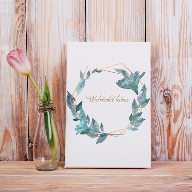 Voorjaar canvas mockup met decoratieve mooie tulp Gratis Psd