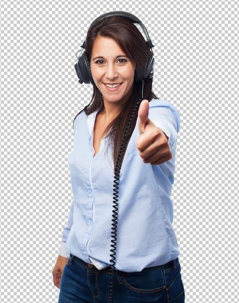 Vrouw luisteren muziek Premium Psd