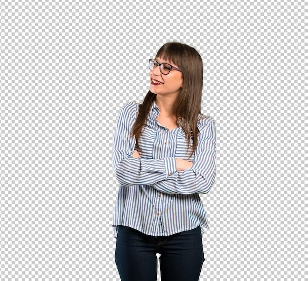 Vrouw met een bril op zoek naar de kant Premium Psd