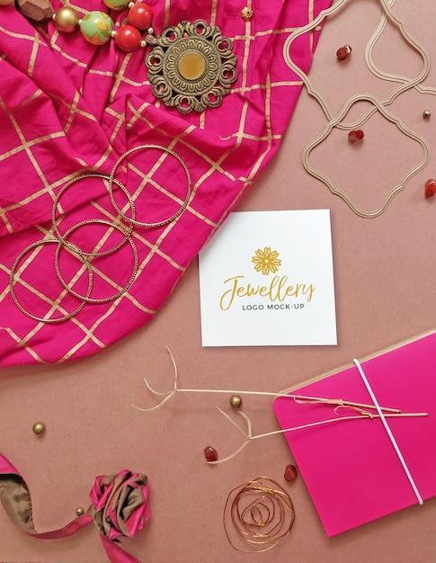 Vrouwelijke rustieke sieraden logo mockup Premium Psd