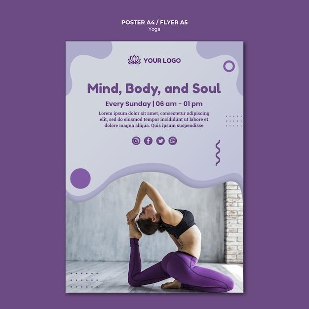 Yoga concept posterontwerp Gratis Psd