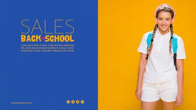 Affiche de vente à l'école avec une adolescente Psd gratuit