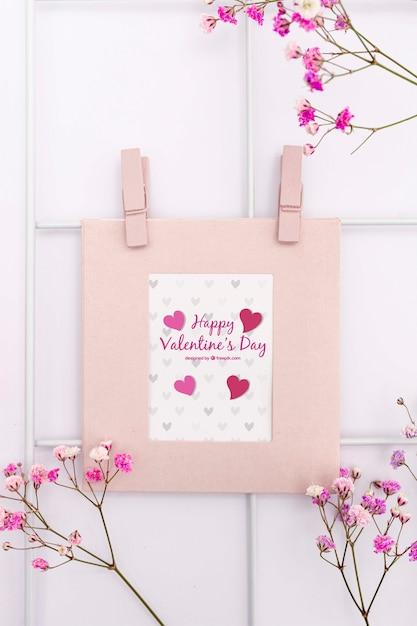 Beau Concept De Saint Valentin Avec Des Fleurs Psd gratuit