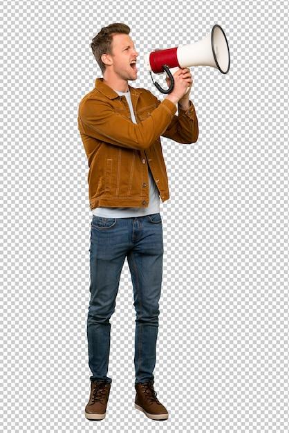 Blonde bel homme criant à travers un mégaphone PSD Premium