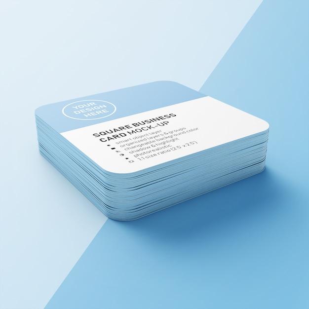 Cartes de visite carrées empilées réalistes de 90 x 50 mm avec angles arrondis modèles de conception maquette en vue en perspective PSD Premium
