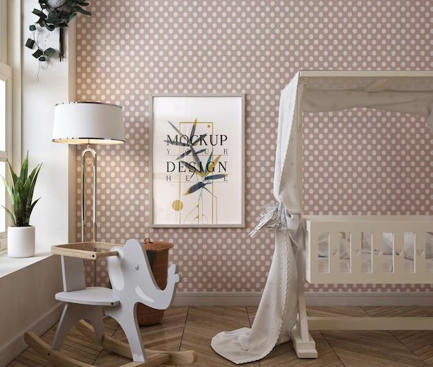 Chambre De Bébé Classique Avec Cadre D'affiche De Maquette PSD Premium