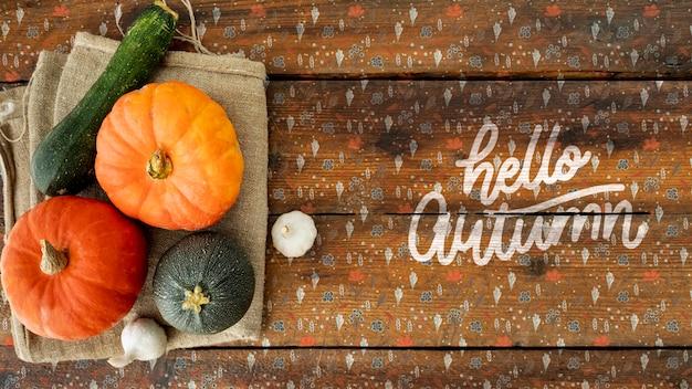 Citrouilles décoratives pour lay halloween plat Psd gratuit