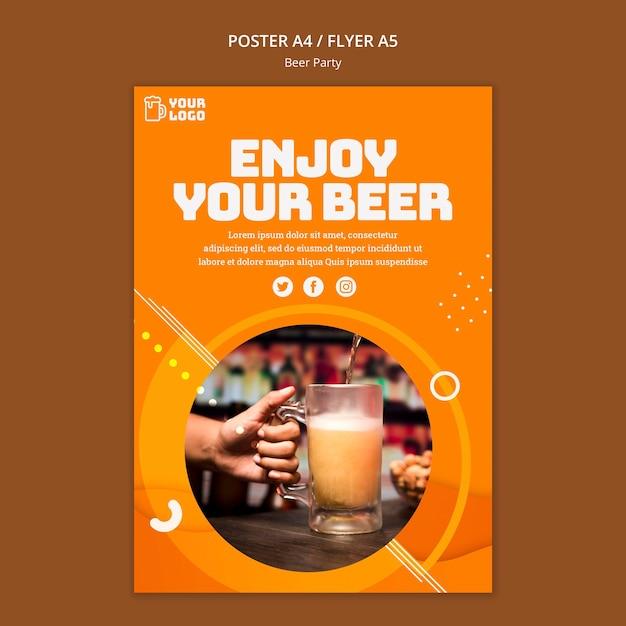 Concept D'affiche De Fête De La Bière Psd gratuit
