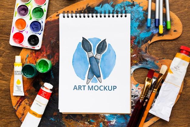 Concept De Bureau D'artiste Avec Palette PSD Premium