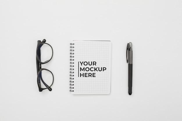 Concept De Bureau Avec Maquette Psd gratuit