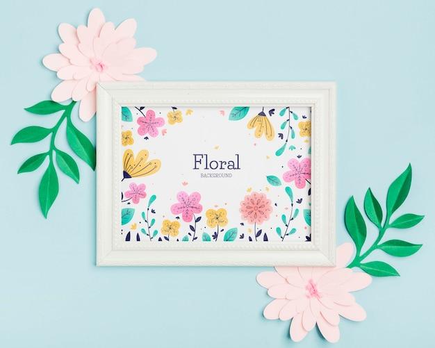 Concept De Cadre Floral Vue De Dessus Avec Des Fleurs Psd gratuit