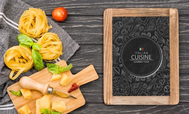 Concept De Délicieuses Pâtes Cuisine Italienne Psd gratuit