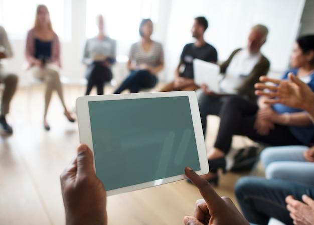 Concept D'événement De Séminaire Sur Les Réseaux De Tablettes PSD Premium