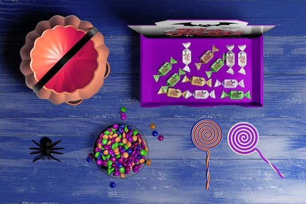 Concept D'halloween Sur Fond En Bois Psd gratuit