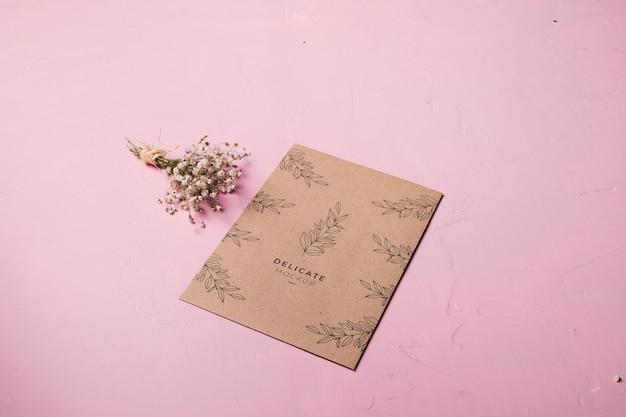 Conception D'enveloppe Et Composition Florale Psd gratuit