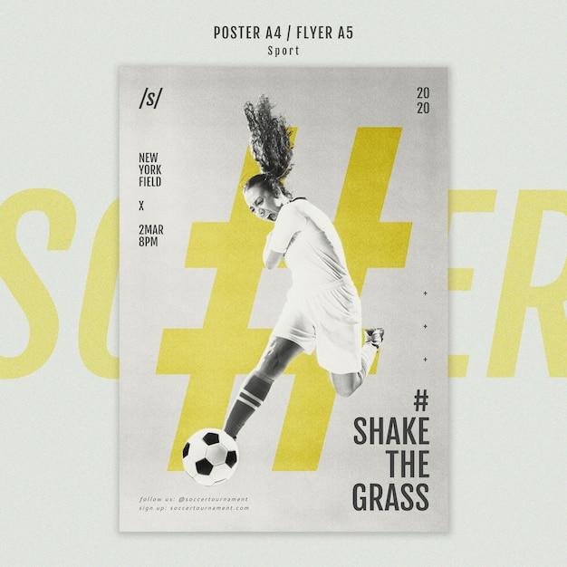 Dépliant De Joueur De Football Féminin Psd gratuit