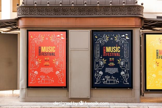 Deux maquettes de panneaux d'affichage Psd gratuit