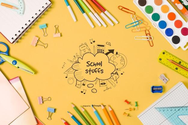 Éléments D'école Plat Laïques Avec Dessin Psd gratuit