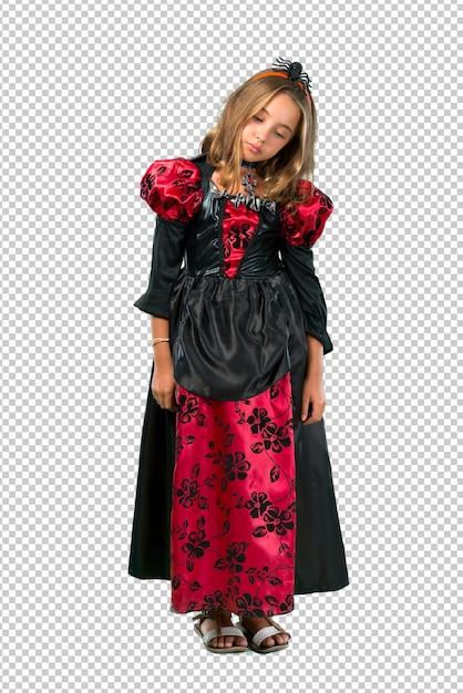 Une enfant blonde vêtue comme un vampire pour des vacances d'halloween malheureuse et frustrée avec somet PSD Premium
