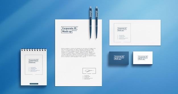 Ensemble De Maquettes De Papeterie D'identité Minimaliste Résolution 4k PSD Premium