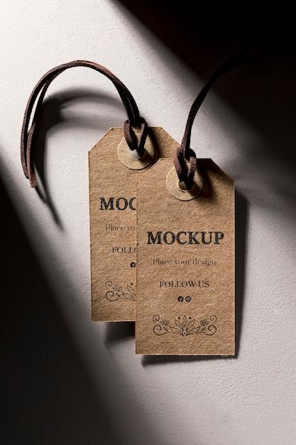 Étiquettes De Prix Marron Maquette Suspendues Psd gratuit