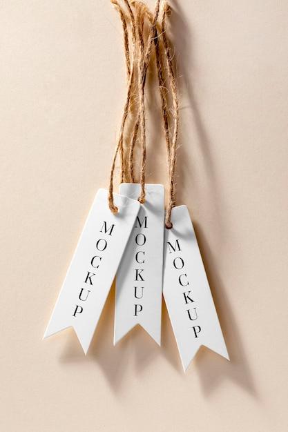 Étiquettes De Prix Minces Maquette Suspendues Psd gratuit