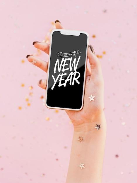 Façade, nouvel an, lettrage minimaliste, sur, téléphone Psd gratuit