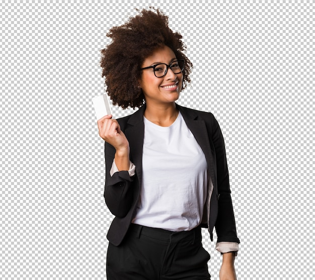 Femme d'affaires noire détenant une carte de crédit PSD Premium