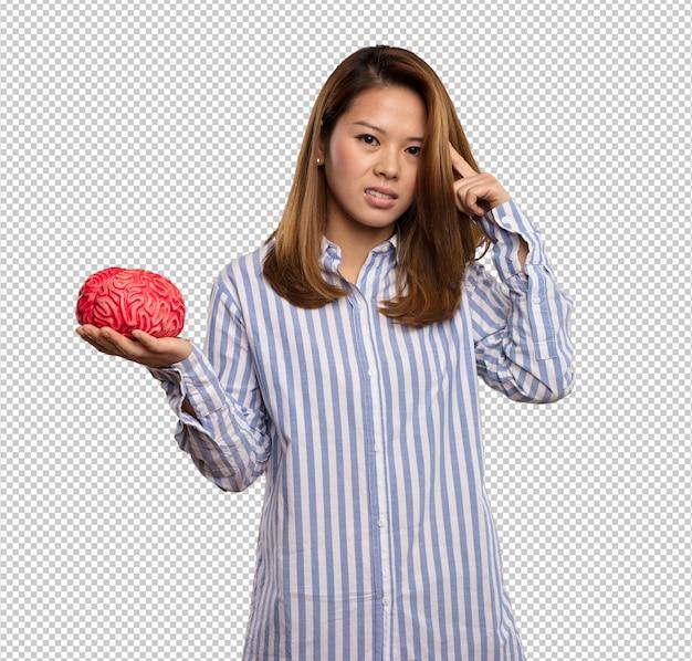 Femme Chinoise Tenant Un Cerveau PSD Premium