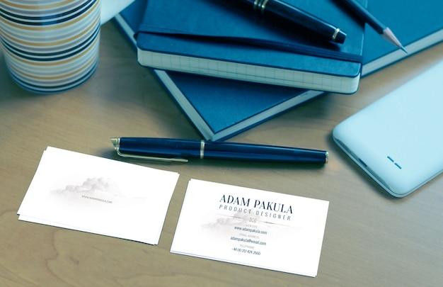 Fichier de maquette de carte de visite bleue PSD Premium