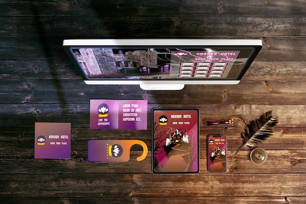 Fllat Lay De Maquette Concept Halloween Sur Table En Bois Psd gratuit