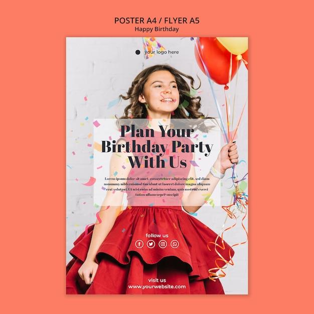 Flyer Joyeux Anniversaire Avec Une Fille En Robe Rouge Psd gratuit