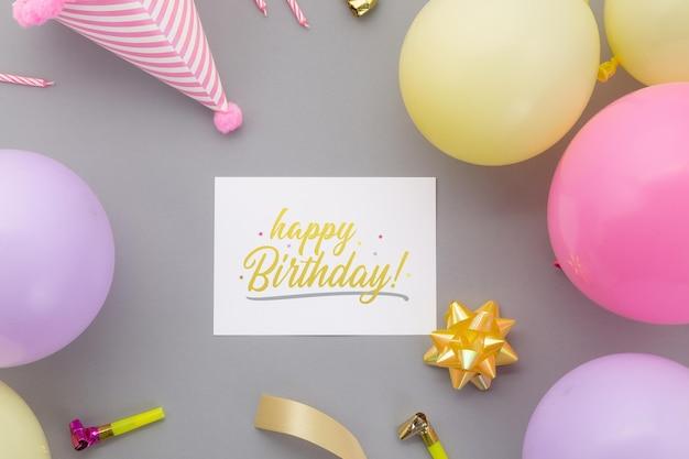 Fond De Joyeux Anniversaire, Décoration De Fête Plate Laïque Avec Modèle De Maquette De Carte D'invitation Flyer. PSD Premium