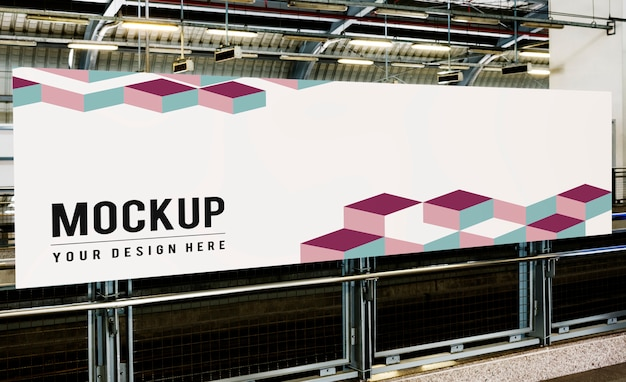Grande maquette de panneau d'affichage pour les publicités Psd gratuit