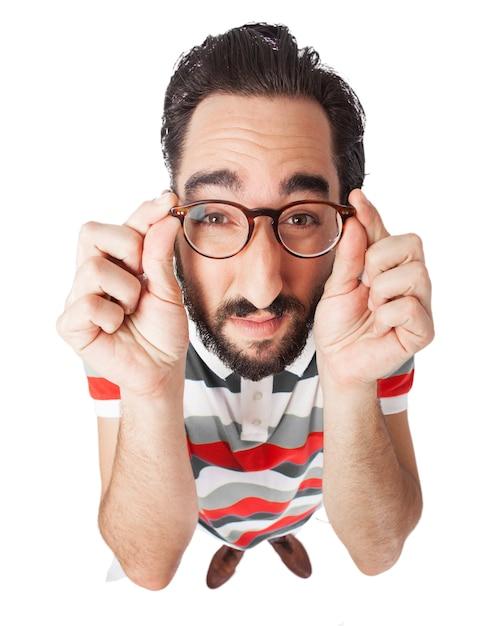 L'homme ne voit pas à travers des lunettes Psd gratuit