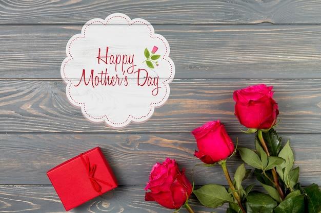 Label maquette avec le concept de la fête des mères Psd gratuit
