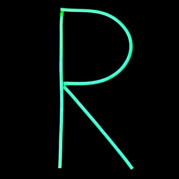 Lettres de l'alphabet néons verts PSD Premium
